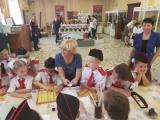По окончанию торжественной линейки юные казачата ....